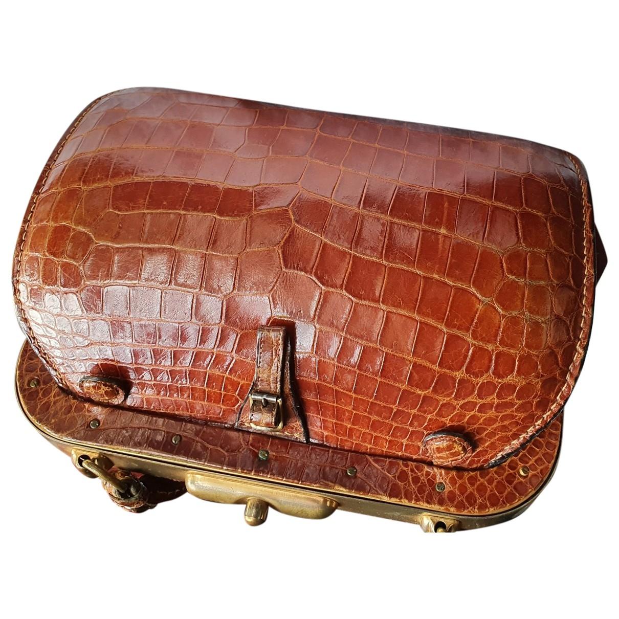 Non Signé / Unsigned \N Camel Crocodile handbag for Women \N