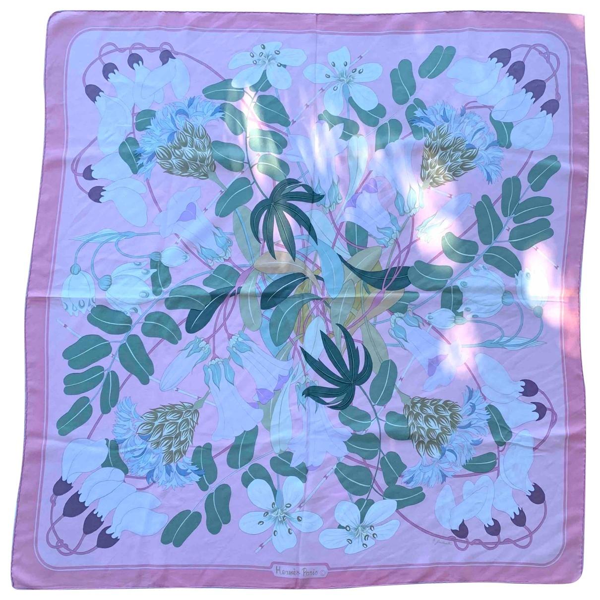 Hermes - Carre Carre 90 pour femme en soie - rose