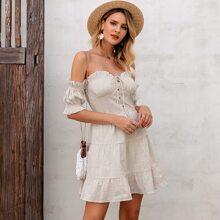 Schulterfreies Kleid mit Band vorn und Raffungsaum