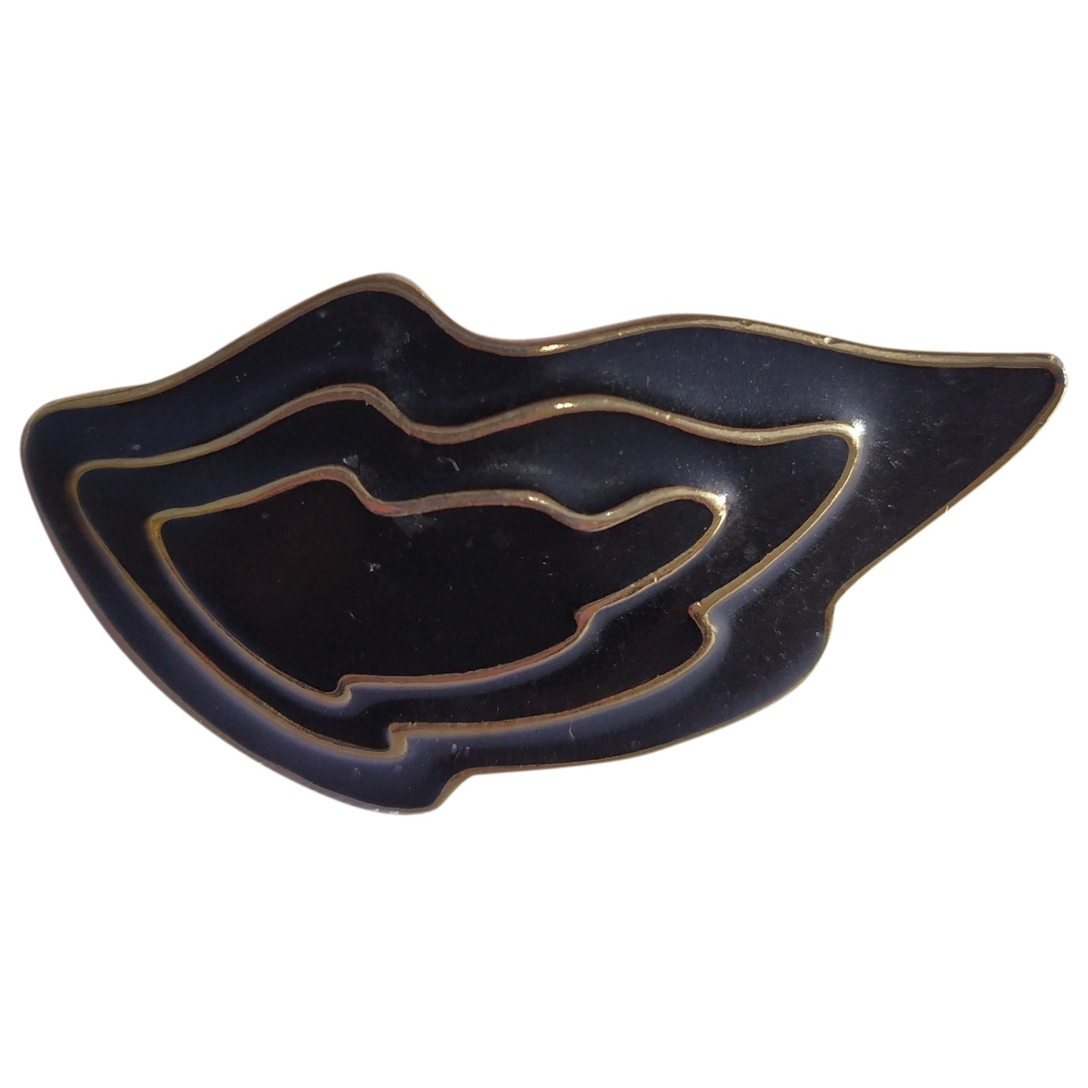 Trifari \N Gold Gold plated Pins & brooches for Women \N
