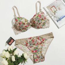 Plus Floral Print Lace Trim Underwire Lingerie Set