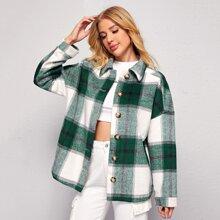 Mantel mit einreihigen Knopfen und Karo Muster
