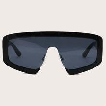 Sonnenbrille mit flacher Oberteil