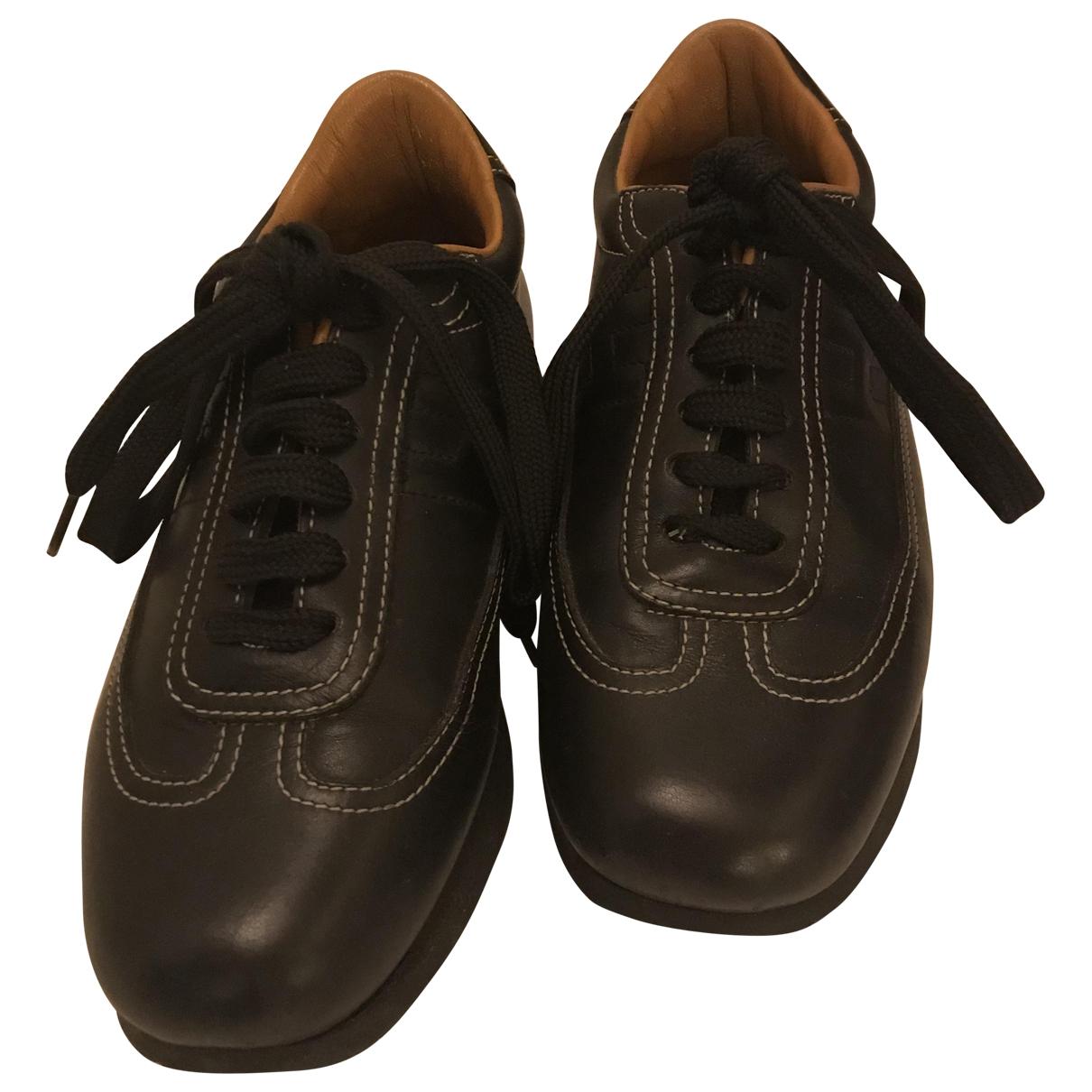 Hermes \N Sneakers in  Schwarz Leder