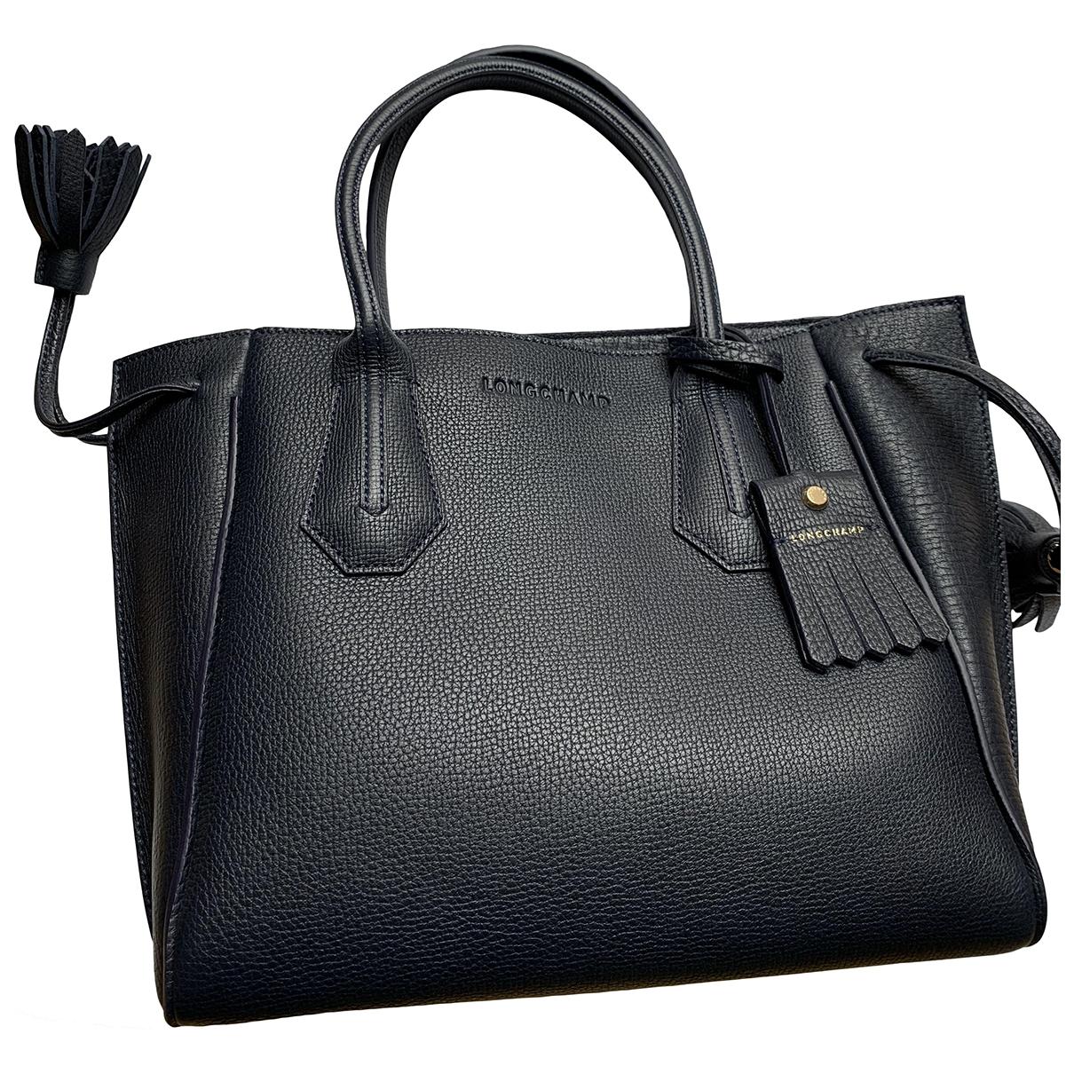 Longchamp Penelope  Handtasche in  Marine Leder
