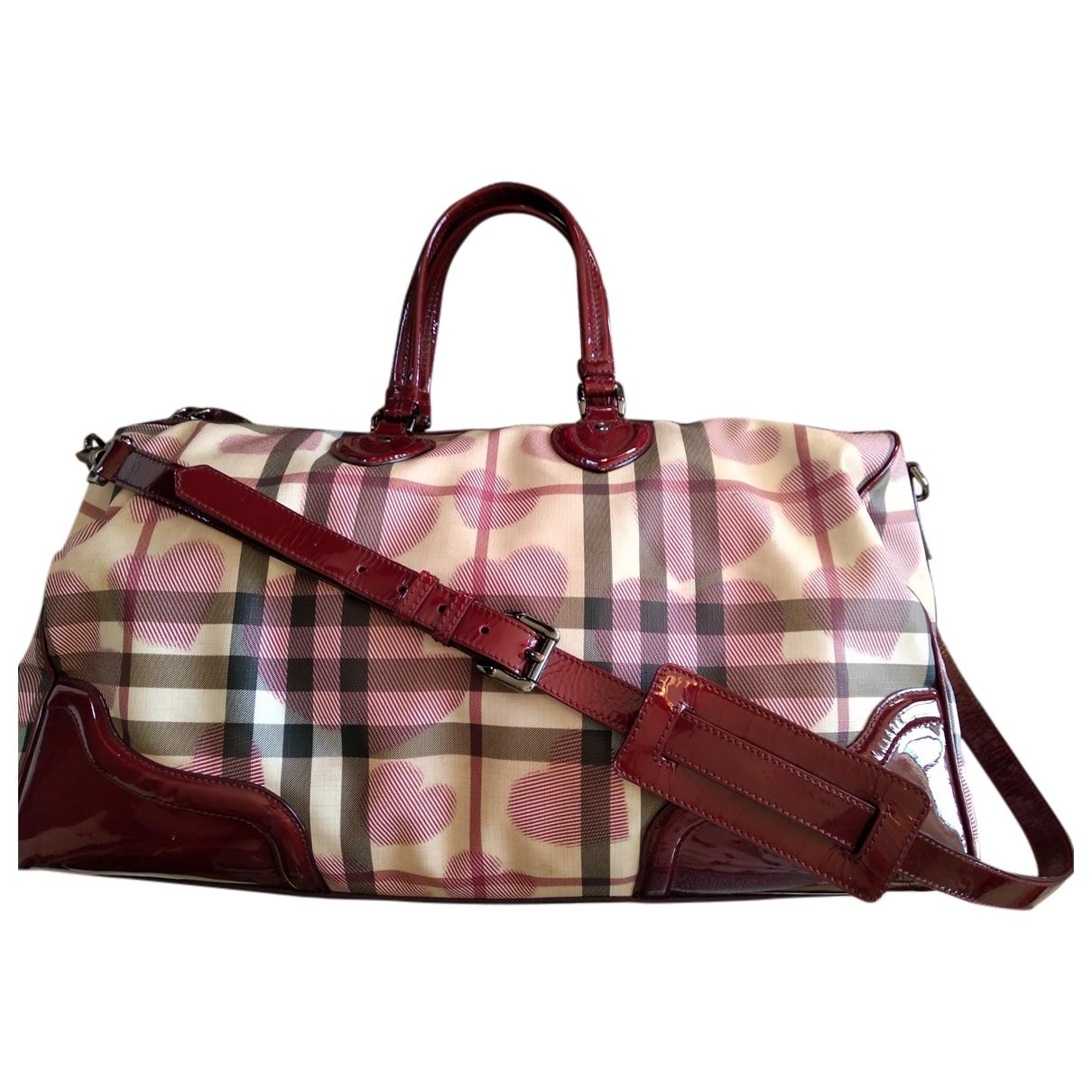 Burberry \N Burgundy Cloth Travel bag for Women \N