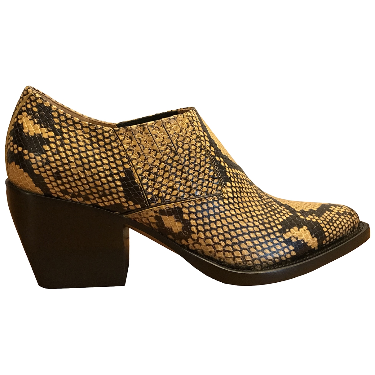 Chloé \N Yellow Leather Ankle boots for Women 37 EU