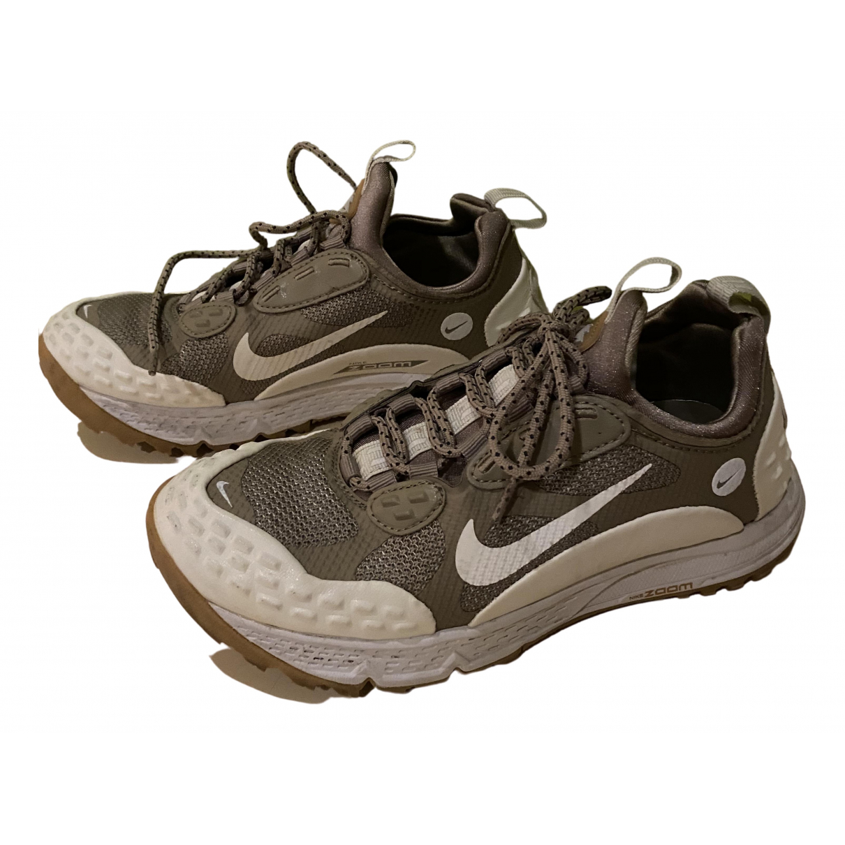 Nike Zoom Sneakers in  Beige Kautschuk