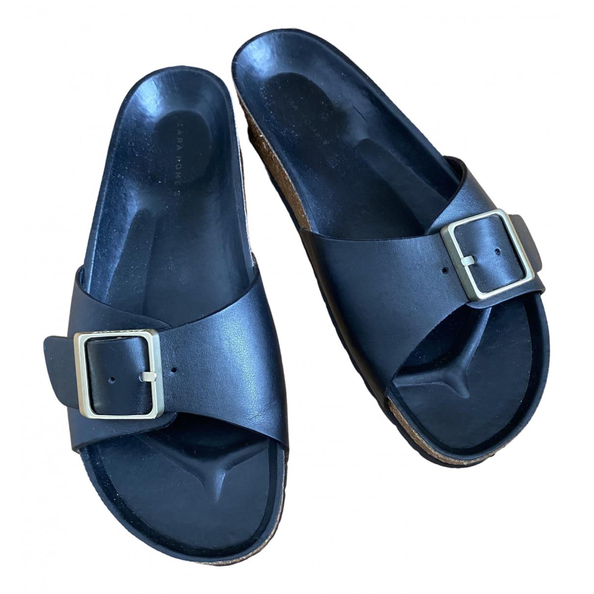 Zara \N Sandalen in  Schwarz Lackleder