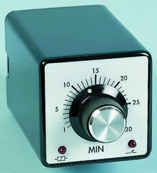 Tempatron DP-NO/NC Timer Relay - 1.5 → 30 min, 2 Contacts, ON Delay Energise, Plug In