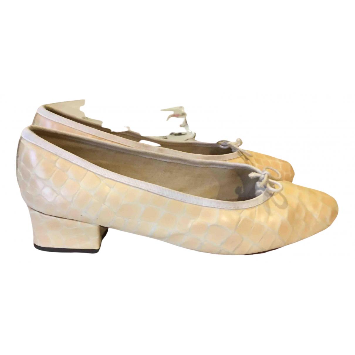 Repetto \N Ballerinas in  Ecru Leder