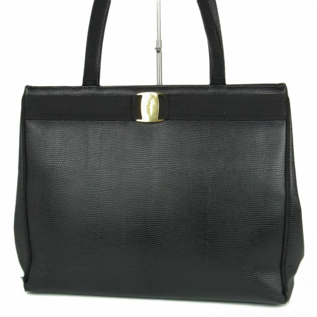 Salvatore Ferragamo \N Handtasche in  Schwarz Leder