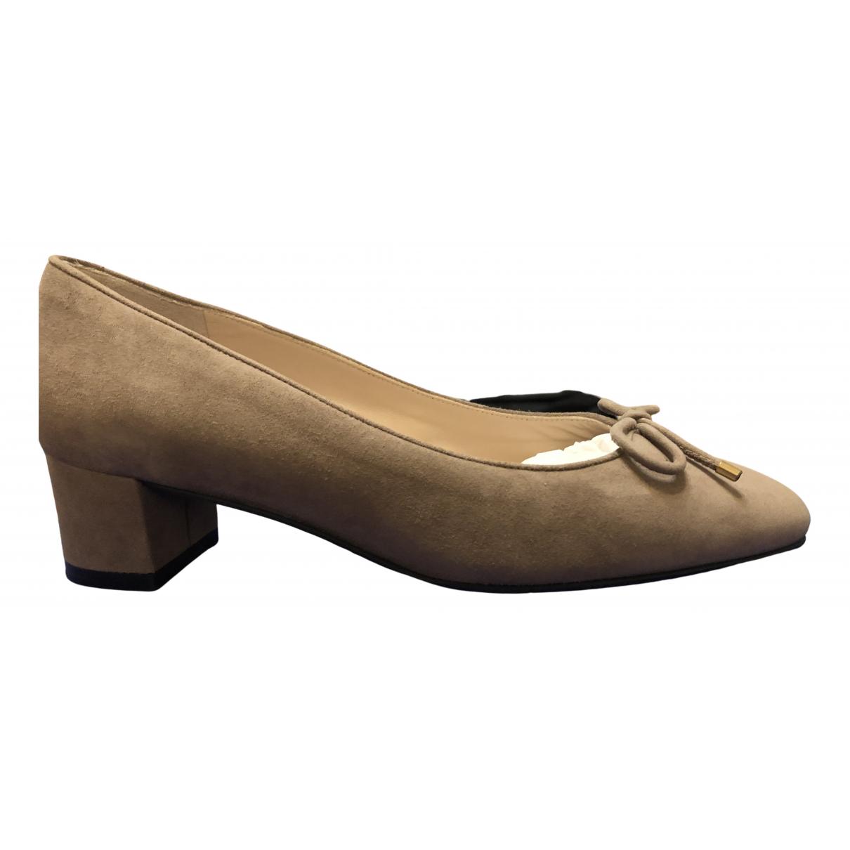 Stuart Weitzman \N Khaki Suede Heels for Women 36.5 EU