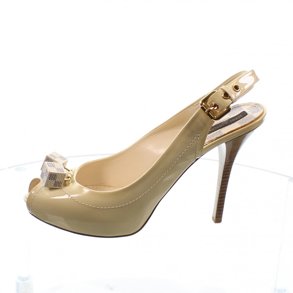 Louis Vuitton - Escarpins   pour femme en cuir verni - ecru