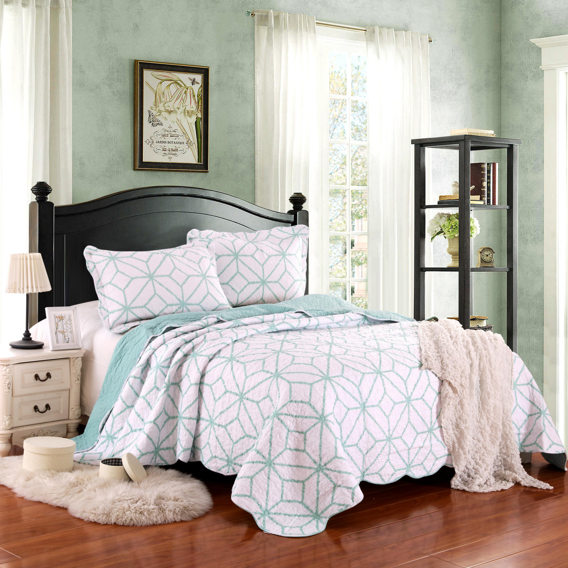Green and White Geometric Pattern 3-Piece Bed in a Bag