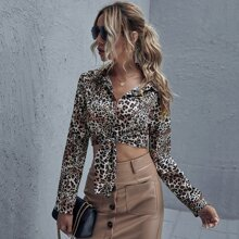 Button Front Tie Hem Leopard Crop Top