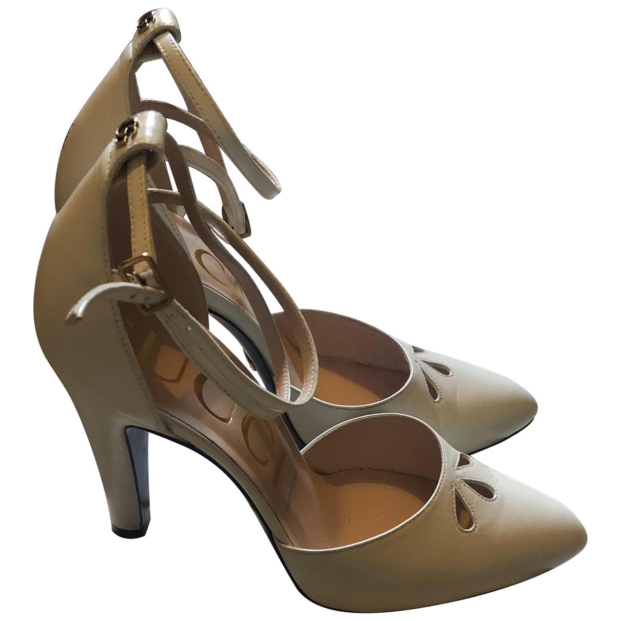 Gucci N Ecru Leather Sandals for Women 39 EU