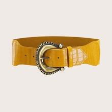Cinturon ancho con hebilla metalica con diseño de cocodrilo