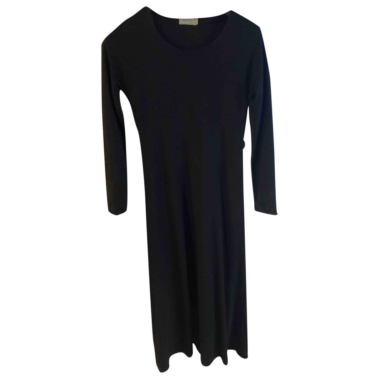 Fendi \N Kleid in  Schwarz Viskose