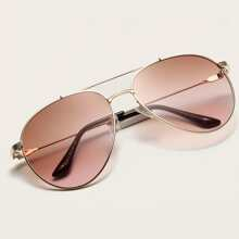 Metal Frame Aviator Sunglasses With Case