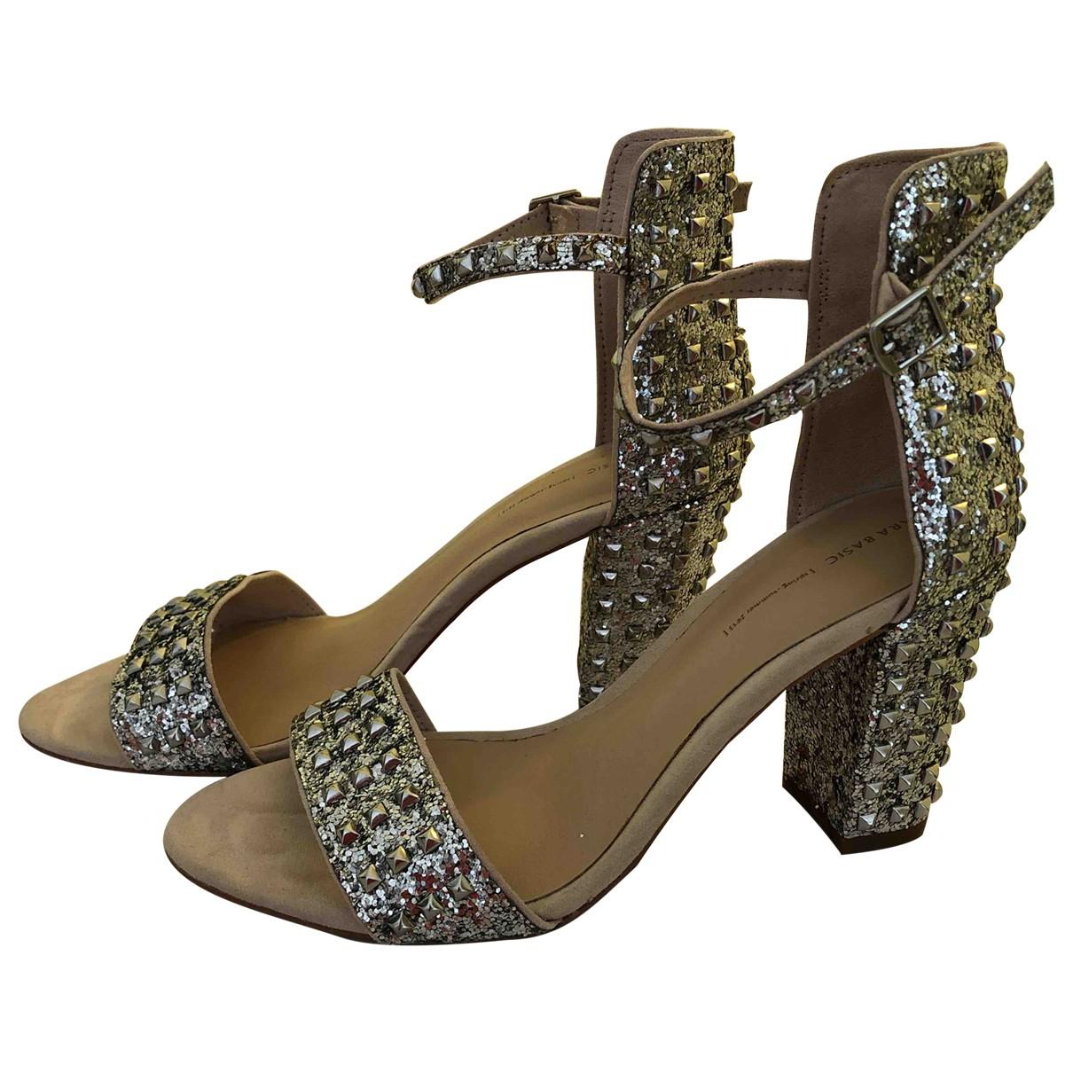 Zara \N Sandalen in  Silber Leder