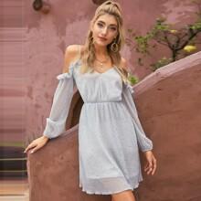 D&M schulterfreies Chiffon Kleid mit Kontrast Pailletten