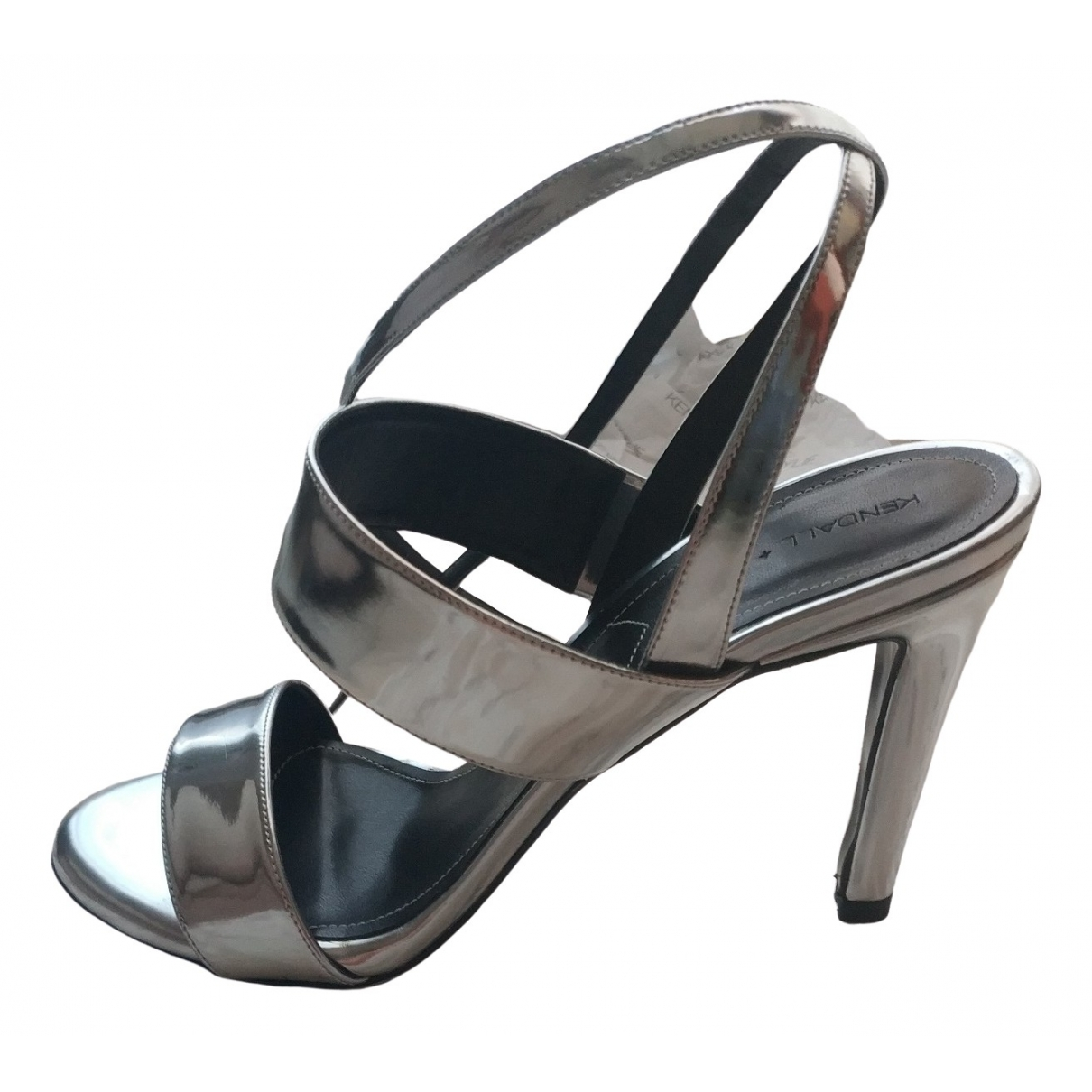 Kendall + Kylie \N Silver Patent leather Sandals for Women 36.5 EU