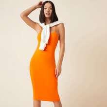 Vestido ajustado de cuello espagueti naranja neon
