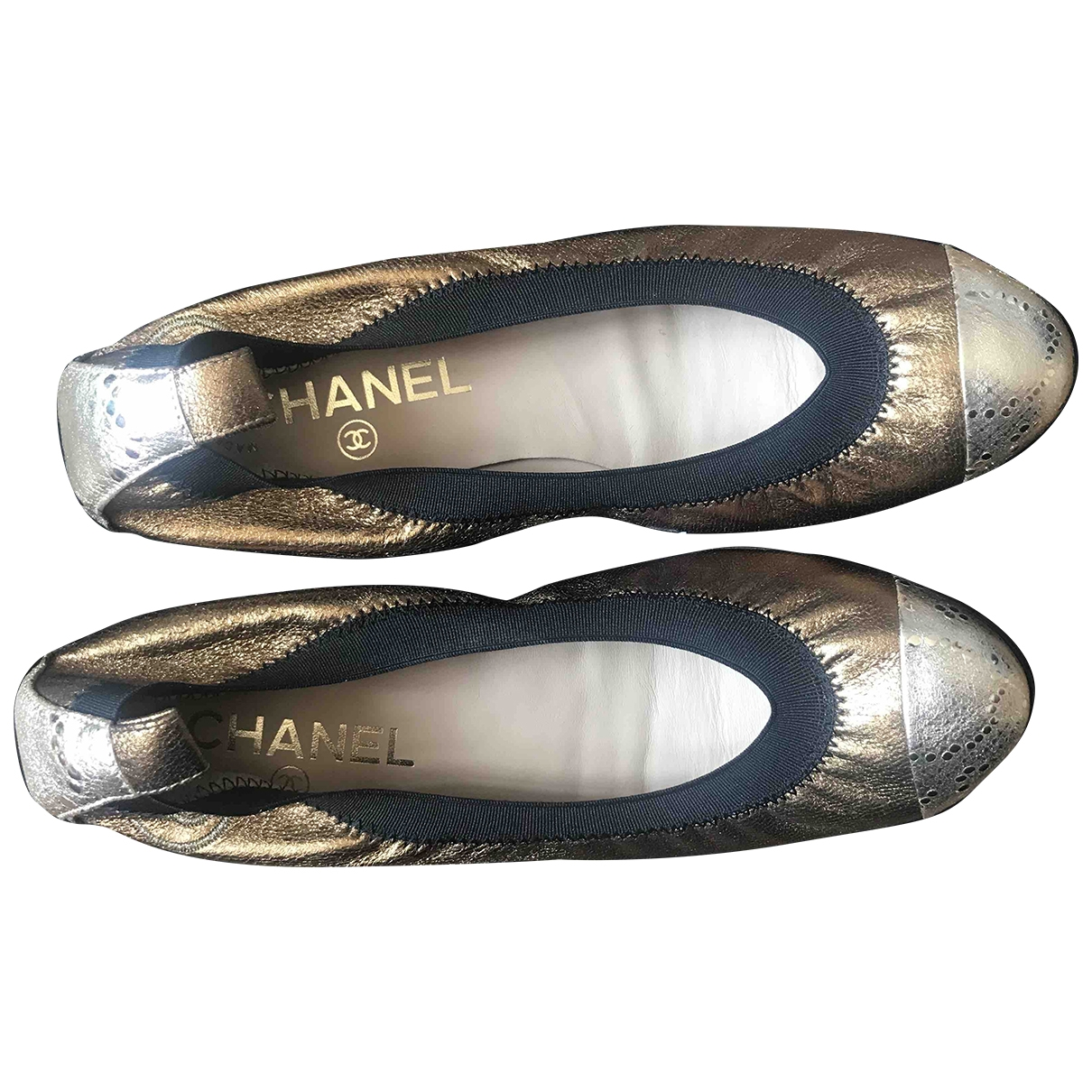 Chanel \N Ballerinas in  Gold Leder