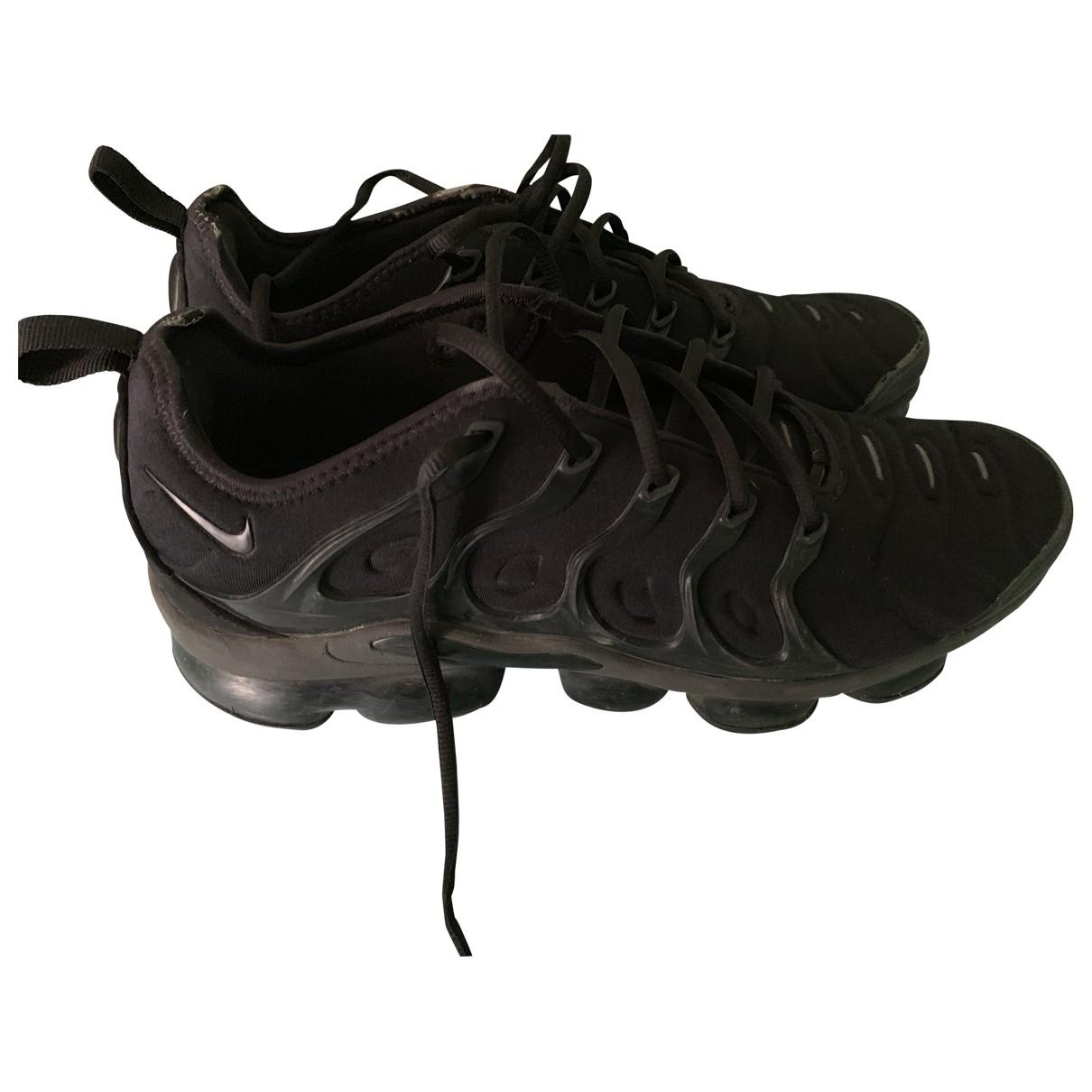 Nike VaporMax Plus Black Cloth Trainers for Men 44.5 EU