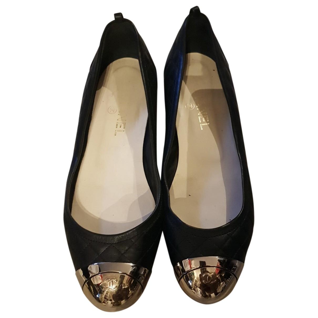 Chanel \N Black Leather Ballet flats for Women 40.5 EU