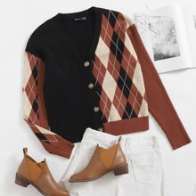 Buttoned Front Argyle Pattern Cardigan