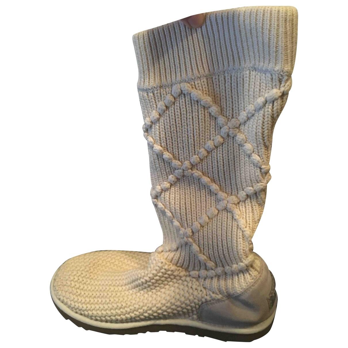 Ugg \N Beige Cloth Boots for Women 40 EU