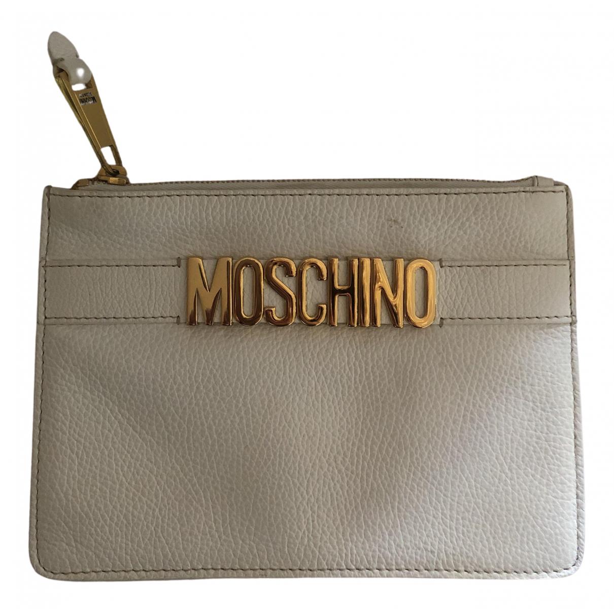 Pochette de Cuero Moschino