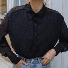 Bluse mit Punkten Muster und Knopfen