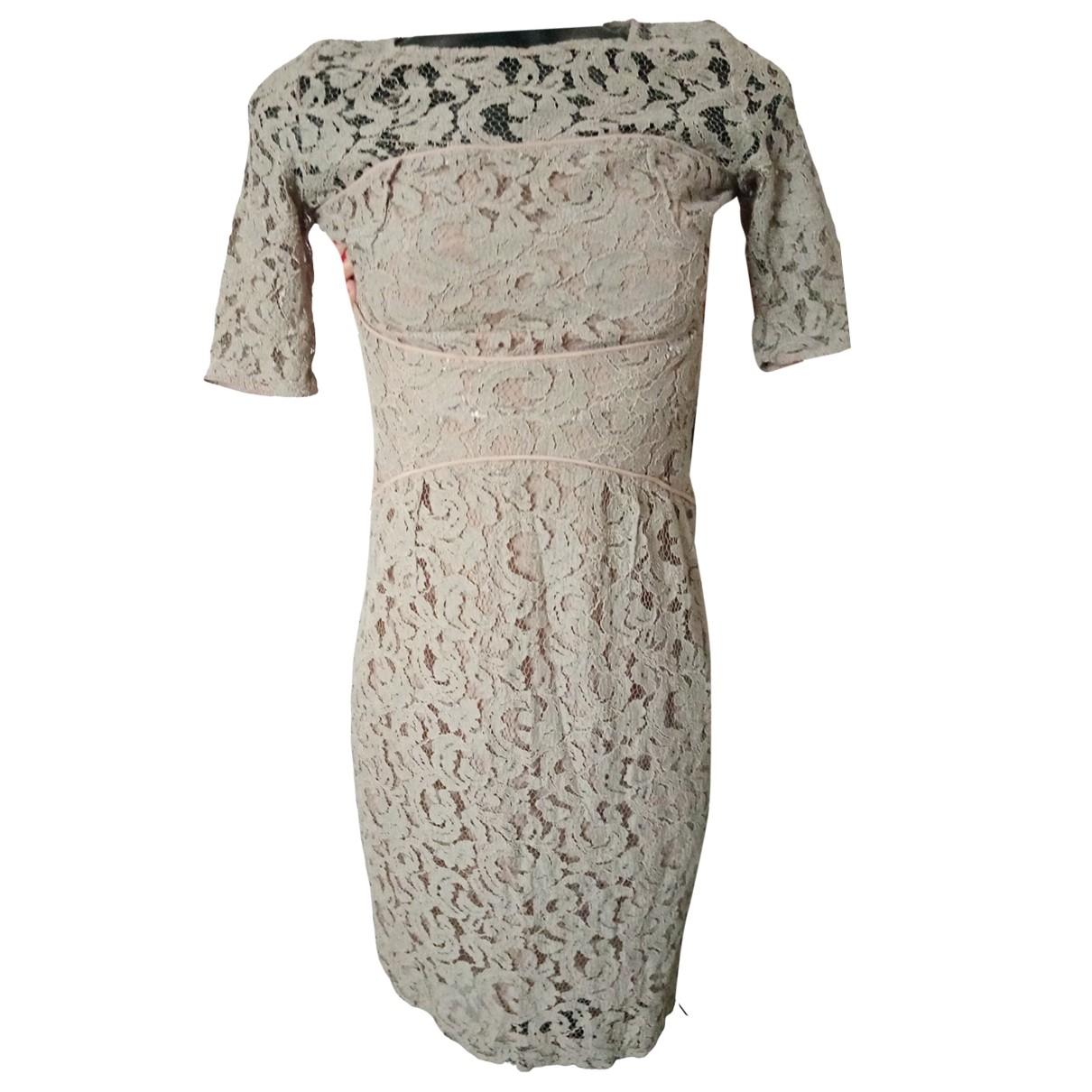 Bastyan \N Kleid in  Beige Viskose