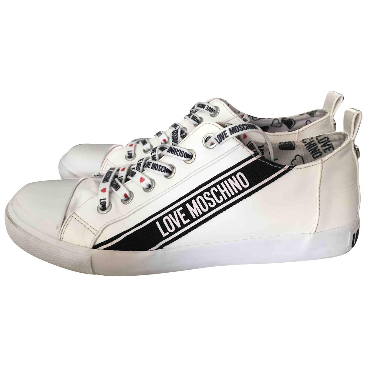 Moschino Love \N Sneakers in  Weiss Leder