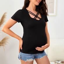 Maternity Einfarbiges T-Shirt mit Kreuzgurt am Kragen