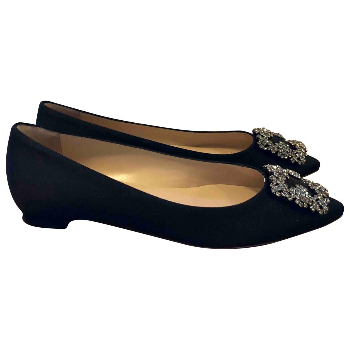 Manolo Blahnik \N Black Cloth Ballet flats for Women 38 EU