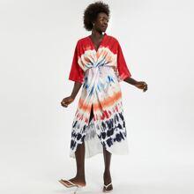 Kleid mit Batik, Fledermausaermeln und Wickel Design