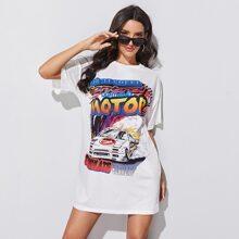 Vestido estilo camiseta con estampado de letra y coche de hombros caidos