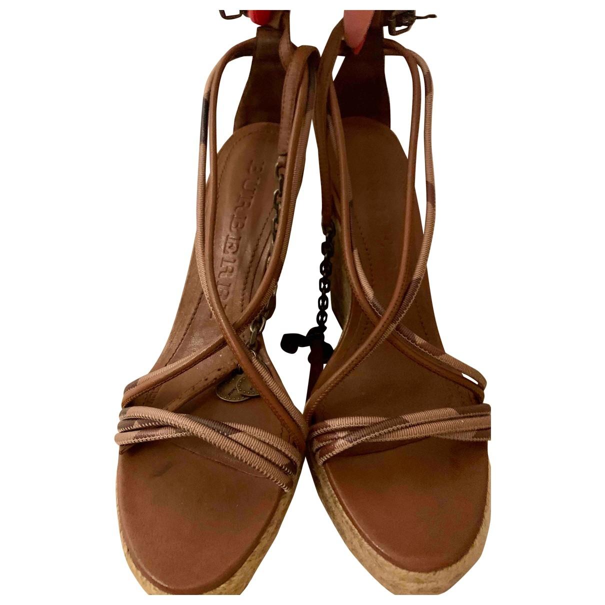 Burberry - Sandales   pour femme en cuir - marron