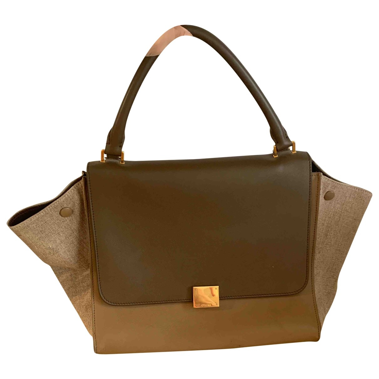 Celine Classic Camel Leather handbag for Women \N