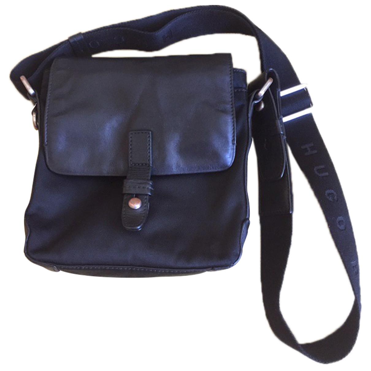 Hugo Boss \N Black Leather bag for Men \N