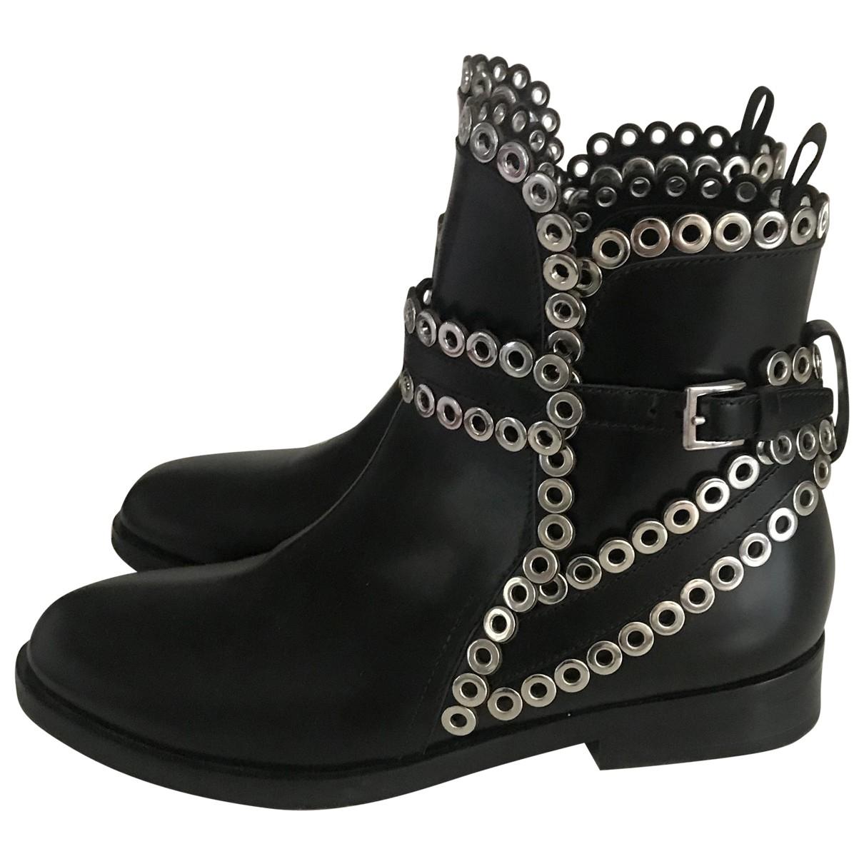 Alaïa \N Black Leather Ankle boots for Women 36 EU