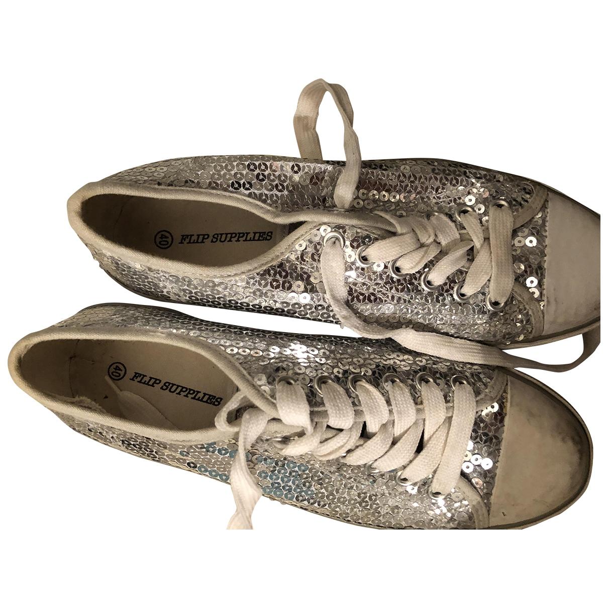 Flip Flop \N Sneakers in  Silber Mit Pailletten