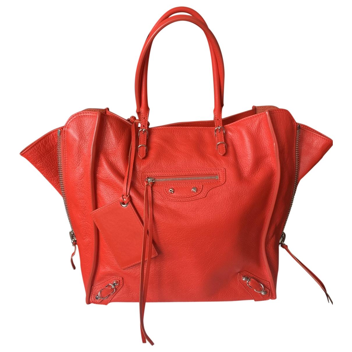 Balenciaga Papier Handtasche in  Rot Leder