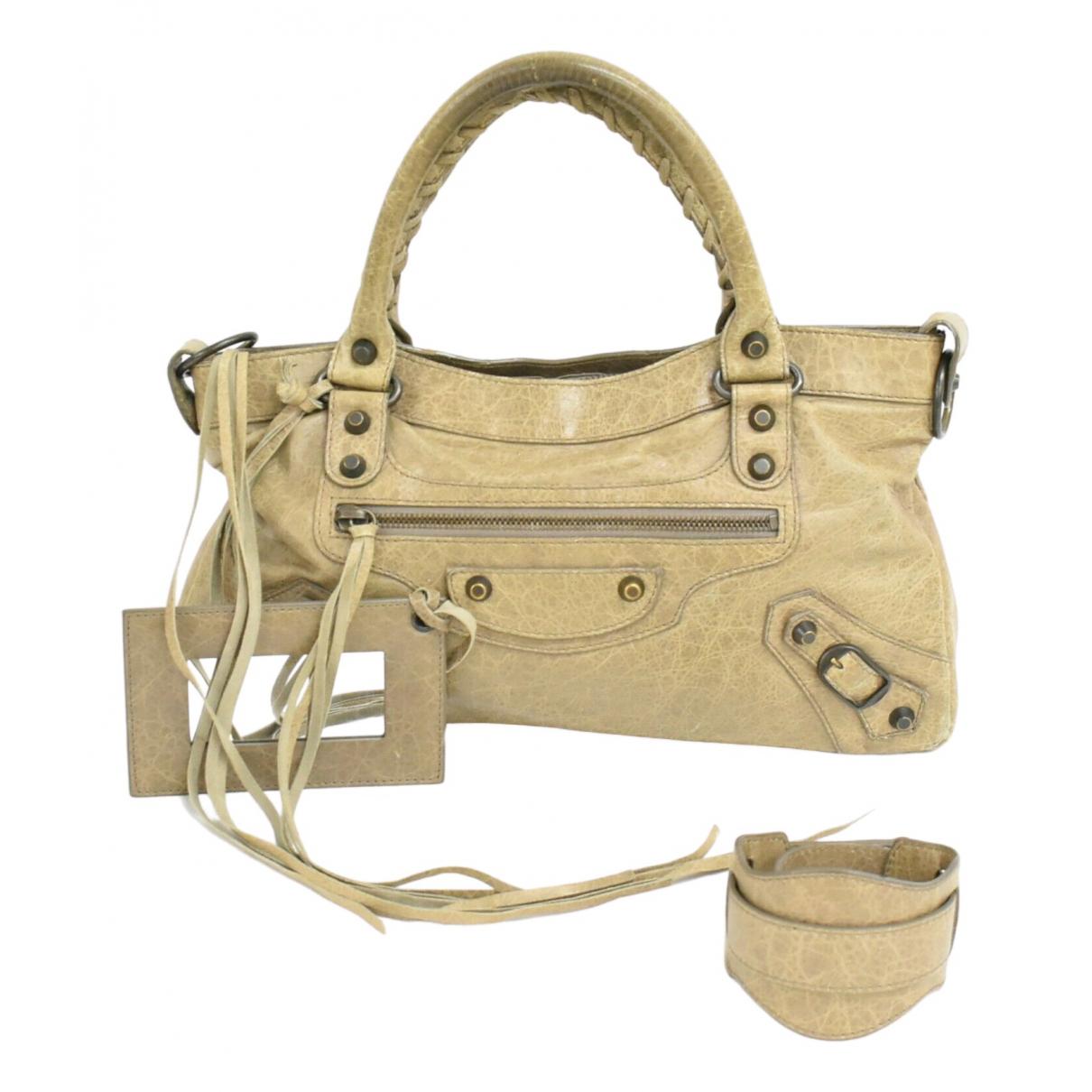 Balenciaga First Handtasche in  Beige Leder