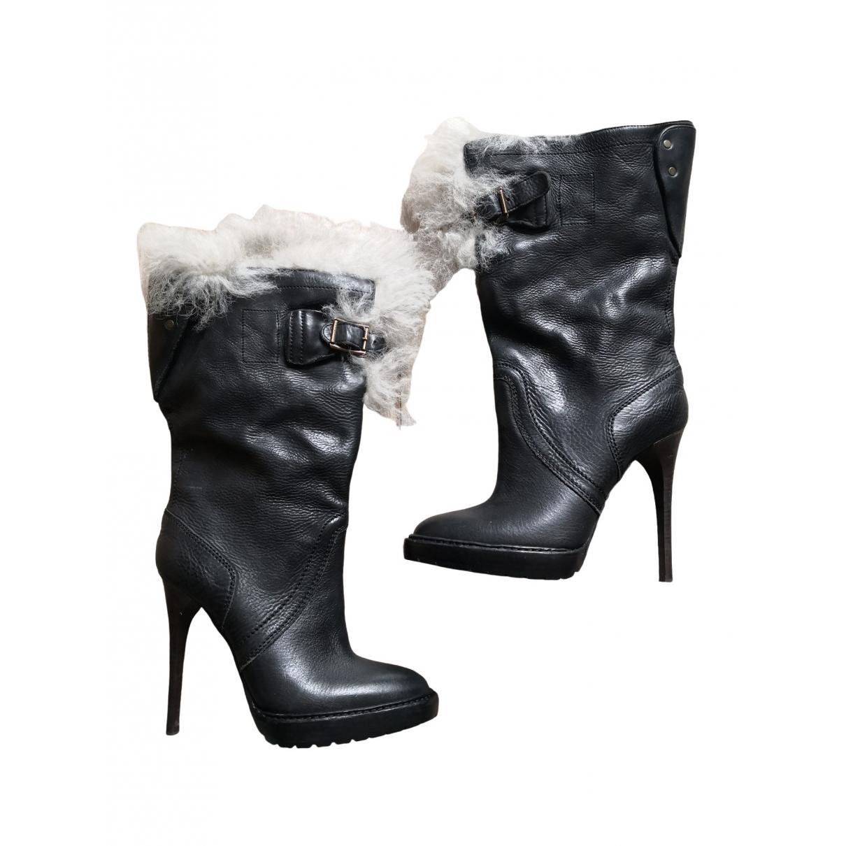 Burberry \N Stiefel in  Schwarz Leder