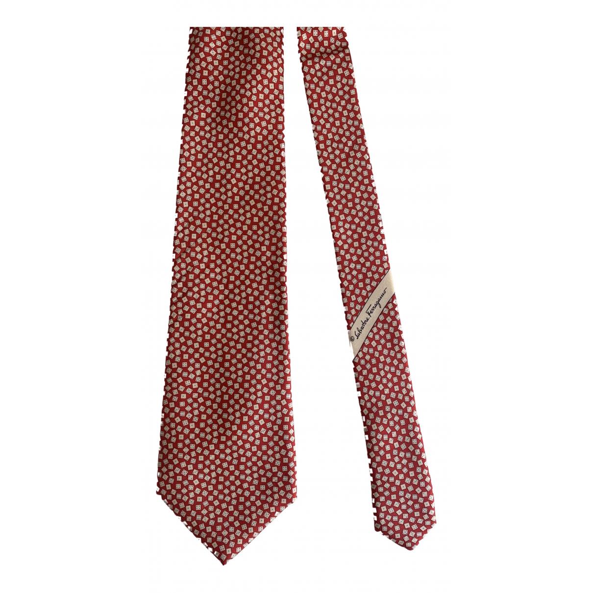 Salvatore Ferragamo \N Krawatten in  Rot Seide
